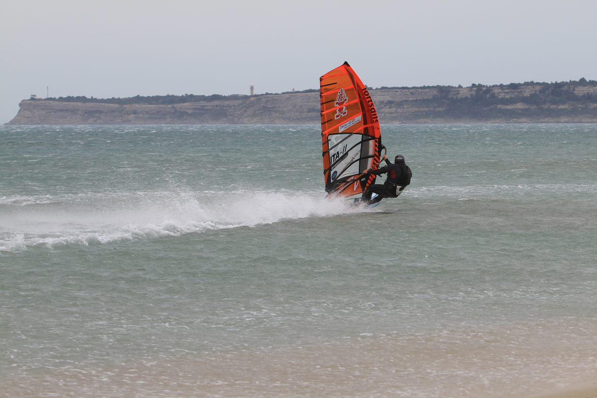 Quelle Vitesse Est Il Possible D Atteindre En Windsurf Maui Ultra Fins France